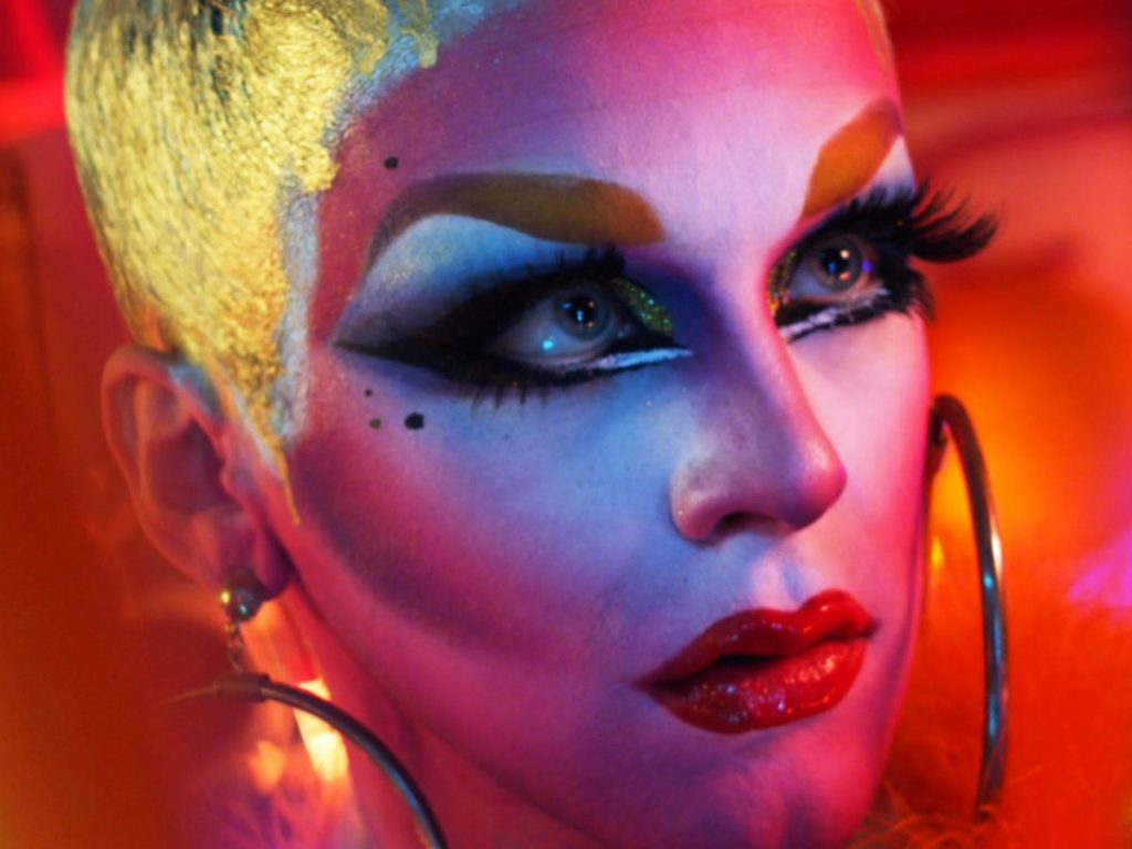 Articles  This Catchy Song Explores The Fascinating History Of Drag