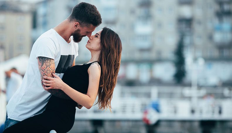 Relationships - Flirting  10 Major First Kiss Red Flags that Lead to a Toxic Relationship