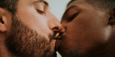 Blog Kissing Sex in the News  No French Word for 'French Kiss' – Until Now