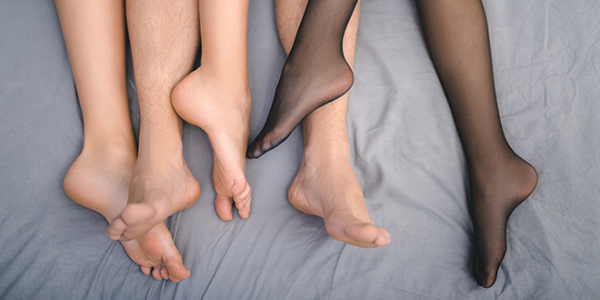Blog Group Sex sex tips Threesome  How to Have a FMF Threesome as a Feminist