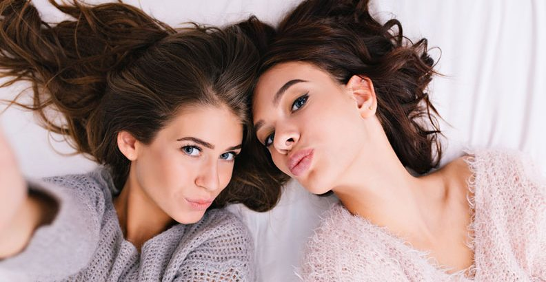 Relationships - Flirting  17 Signs You're Falling for Your Best Friend & How to Deal with It